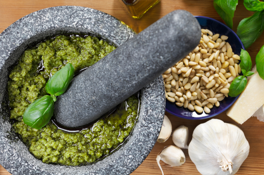 how-to-make-pesto-at-home