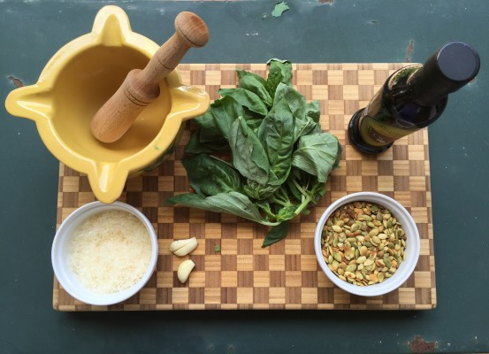 How-to-Make-Pesto-at-Home(7)