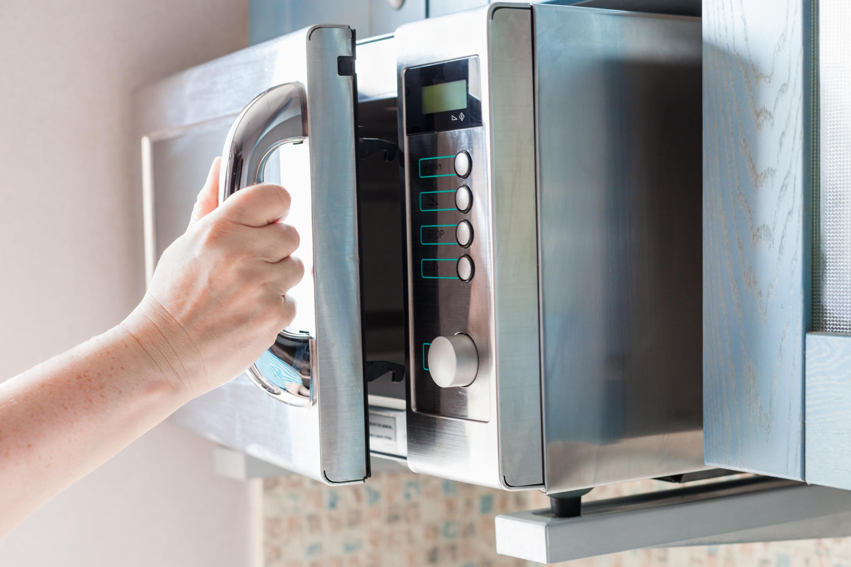 best-microwave-under-100