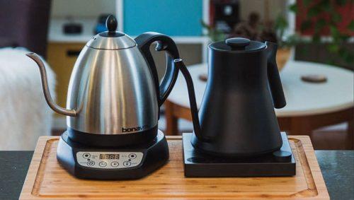 stovetopand electric teapot